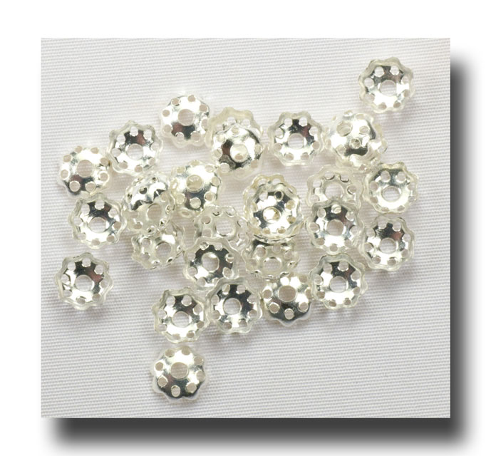 Bead Caps - small flower - Silver plate - 126 - Click Image to Close